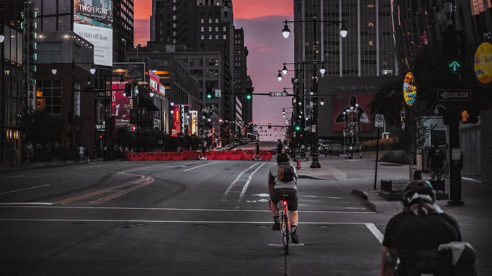 Picture of bikers downtown by @kcescapades